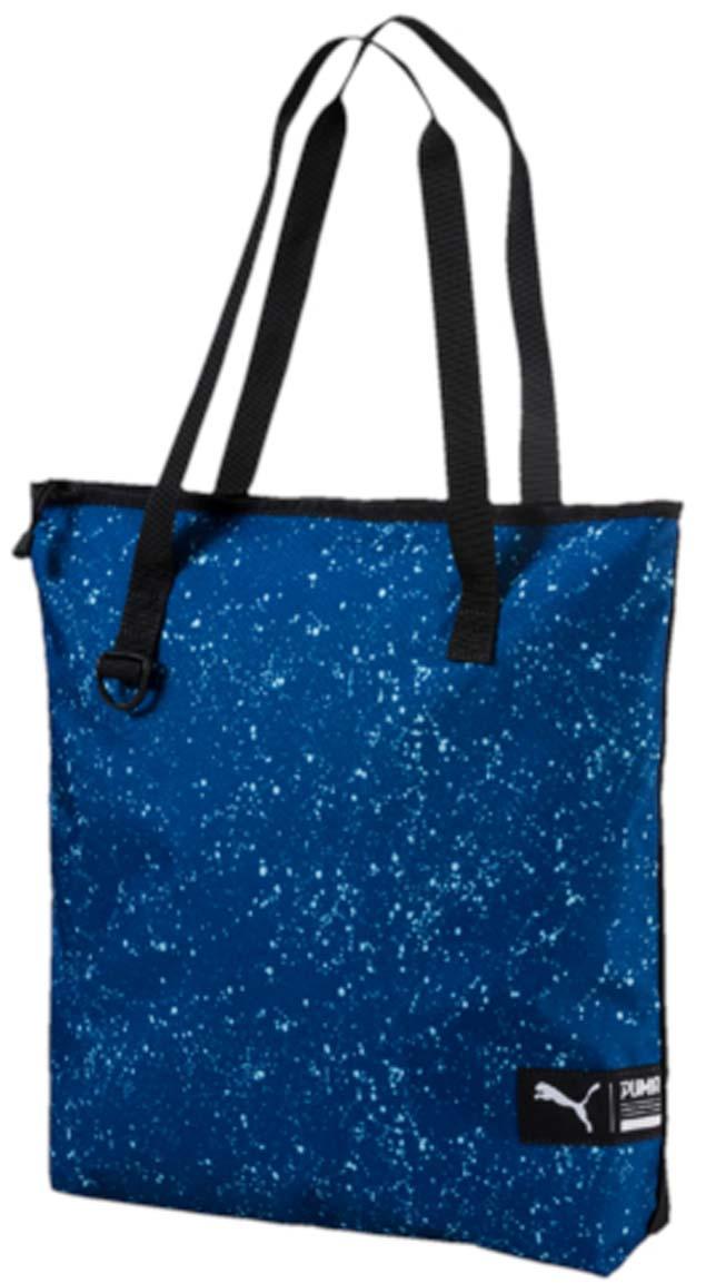 Сумка городская Puma Fundamentals Shopper Ii, цвет: синий. 07441204BM8434-58AEУдобная вместительная сумка для ежедневных покупок, которую можно использовать и для ношения необходимых тебе аксессуаров для тренировок. Основное отделение на молнии, две тканевые ручки, карабин спереди, тканевый логотип бренда спереди.