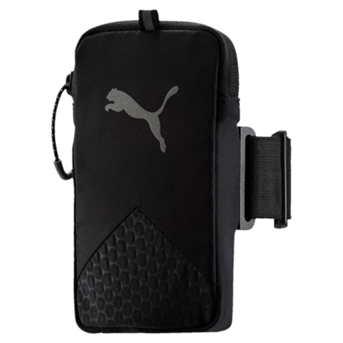 Сумка-чехол для мобильных устройств Puma Pr Arm Pocket, цвет: черный. 053142016952897994655Чехол на руку PR Arm Pocket - это незаменимый аксессуар для спортсменов и людей, ведущих активный образ жизни. Изделие предназначено для ношения смартфона. Оно крепится к плечу на эластичном ремне и оснащено специальным выходом для подключения наушников или гарнитуры. Подходит для электронных устройств размером 8 см x 14 см. Основное отделение на застежке-молнии. У модели сетчатая вставка на задней части, выход для аудио-кабеля, светоотражающие шнурки на застежках-молниях, светоотражающий логотип бренда.