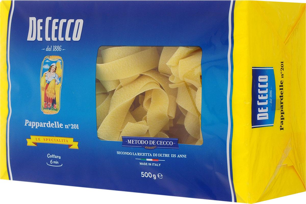 De Cecco паста паппарделле №201, 500 г8001250152015Паста De Cecco Паппарделле родом из Центральной и Южной Италии, относится к семейству длинной пасты скрученной в гнезда. Обычно имеет плоское сечение, толщиной 0,96 мм.Паппарделле особенно подходят для приготовления блюд на основе соусов из мяса дичи, также на основе соуса из помидоров и сыров, на основе соусов кремовой консистенции, которые хорошо распределяется по всей поверхности пасты.