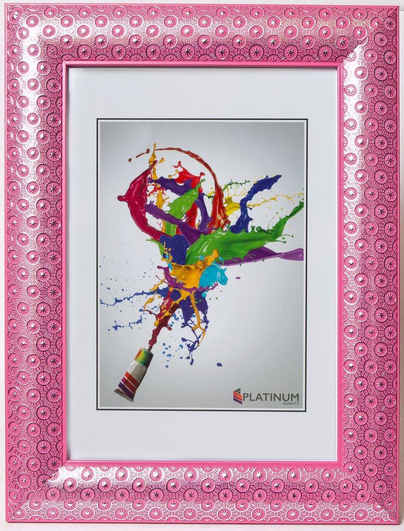 Фоторамка Platinum Флоренция, цвет: розовый, 21 x 30 см12723Фоторамка Platinum Флоренция выполнена в классическом стиле из пластика и стекла, защищающего фотографию. Оборотная сторона рамки оснащена специальной ножкой, благодаря которой ее можно поставить на стол или любое другое место в доме или офисе. Также изделие дополнено двумя специальными петлями для подвешивания на стену.Такая фоторамка поможет вам оригинально и стильно дополнить интерьер помещения, а также позволит сохранить память о дорогих вам людях и интересных событиях вашей жизни.