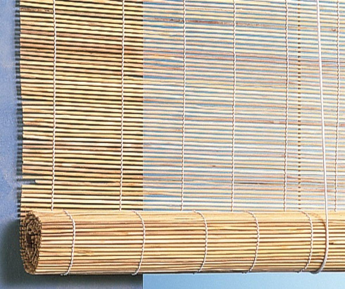 Штора рулонная Эскар Бамбук, цвет: натуральный, ширина 140 см, высота 160 см2615S545JBПри оформлении интерьера современных помещений многие отдают предпочтение природным материалам. Бамбуковые рулонные шторы - одно из натуральных изделий, способное сделать атмосферу помещения более уютной и в то же время необычной. Свойства бамбука уникальны: он экологически чист, так как быстро вырастает, благодаря чему не успевает накопить вредные вещества из окружающей среды. Кроме того, растение обладает противомикробным и антибактериальным действием. Занавеси из бамбука безопасно использовать в помещениях, где находятся новорожденные дети и люди, склонные к аллергии. Они незаменимы для тех, кто заботится о своем здоровье и уделяет внимание высокому уровню жизни.Бамбуковые рулонные шторы представляют собой полотно, состоящее из тонких бамбуковых стеблей и сворачиваемое в рулон.Римские бамбуковые шторы, как и тканевые римские шторы, при поднятии образуют крупные складки, которые прекрасно декорируют окно.Особенность устройства полотна позволяет свободно пропускать дневной свет, что обеспечивает мягкое освещение комнаты. Это натуральный влагостойкий материал, который легко вписывается в любой интерьер, хорошо сочетается с различной мебелью и элементами отделки. Использование бамбукового полотна придает помещению необычный вид и визуально расширяет пространство.Помимо внешней красоты, это еще и очень удобные конструкции, экономящие пространство. Изготавливаются они из специальных материалов, устойчивых к внешним воздействиям. Сама штора очень эргономичная, и позволяет изменять визуально пространство в зависимости от потребностей владельца.