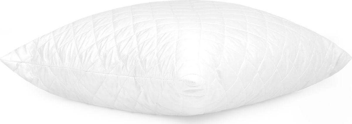 Подушка Classic by Togas Zen Tencel, наполнитель: полиэфирное волокно, 70 х 70 см6900Подушка Classic by Togas Zen Tencel - это удивительный комфорт и актуальный стиль. Чехол подушки выполнен из тенселя (58%) с добавлением полиэстера (42%). Наполнитель - 100% полиэфирное волокно. Подушка имеет классическую квадратную форму и изысканный внешний вид, а фигурная стежка не позволяет наполнителю скатываться. Тенсель - инновационный, самый совершенный на сегодняшний день материал: он имеет натуральное происхождение, поэтому считается экологически чистым. Волокно производится из натуральной древесины эвкалипта и в дальнейшем скручивается в пряжу. Ткань, изготовленная из этой пряжи, обладает достоинствами как натуральных, так и искусственных волокон: она мягкая, как шелк, прохладная, как лен, теплая, как шерсть. Тенсель прочнее других волокон, поэтому подушки с таким чехлом прослужат вам очень долго, они не деформируются и сохраняют полезные свойства долгие годы. Благодаря хорошему теплообмену и способности быстро впитывать влагу тенсель охлаждает в жару и согревает в холод. В качестве наполнителя используется полиэфирное волокно, известное своей способностью восстанавливать форму, а также нежностью и легкостью. Оно не вызывает аллергических реакций, не впитывает посторонние запахи и легко стирается. Оптимальный микроклимат во время сна, бодрость и свежесть каждого утра - это комфорт, которого вы заслуживаете!