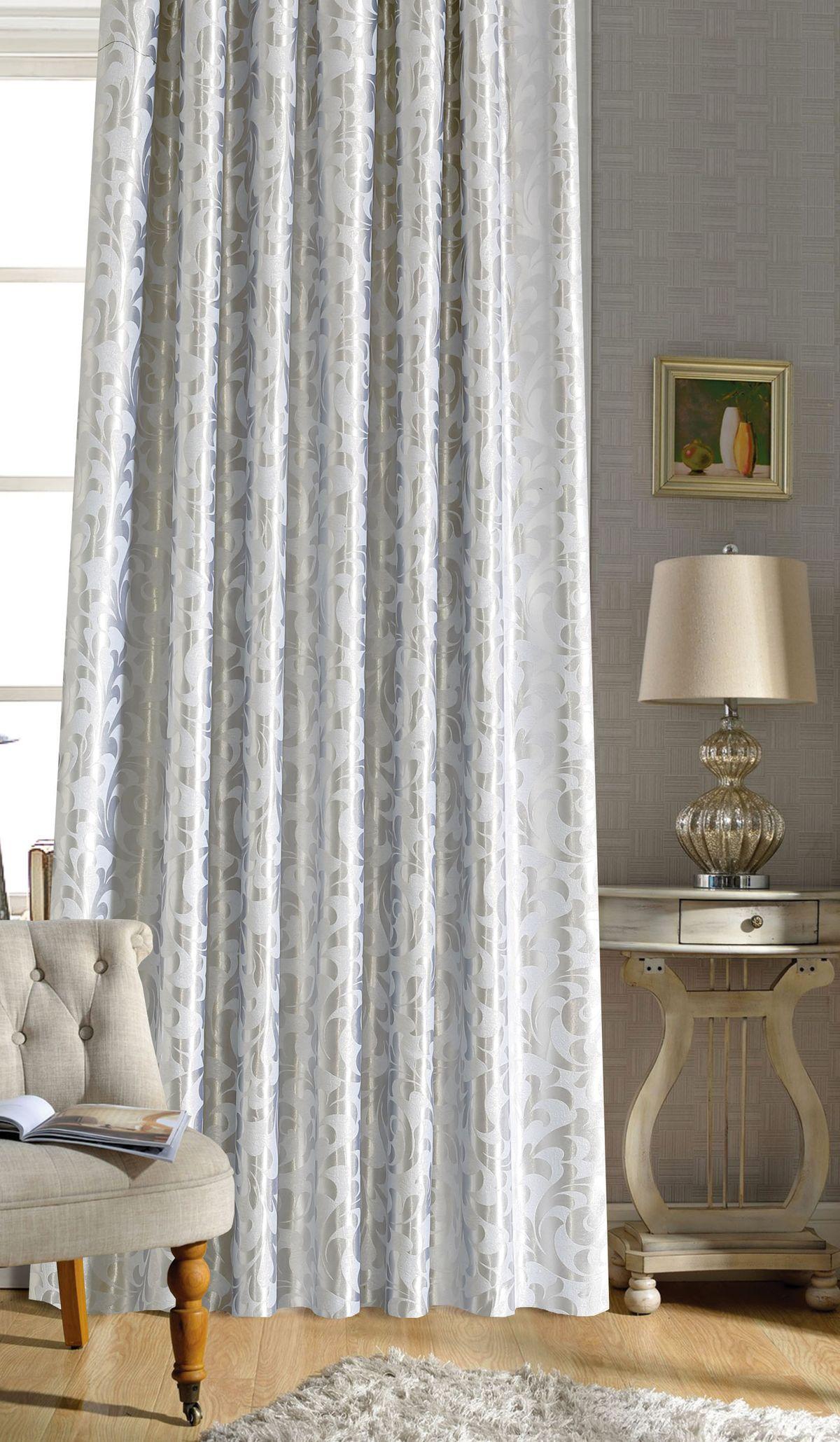Штора готовая Garden, на ленте, цвет: серый, высота 260 см. С 537391 180x260 V1HP8115/5/1E Эльфина розово-фиолетов, , 300*260 смИзящная штора для гостиной Garden выполнена из плотной ткани - жаккард блэкаут, она очень плотная, свет практически не пропускает.Приятная текстура и цвет привлекут к себе внимание и органично впишутся в интерьер помещения.Штора крепится на карниз при помощи ленты, которая поможет красиво и равномерно задрапировать верх.