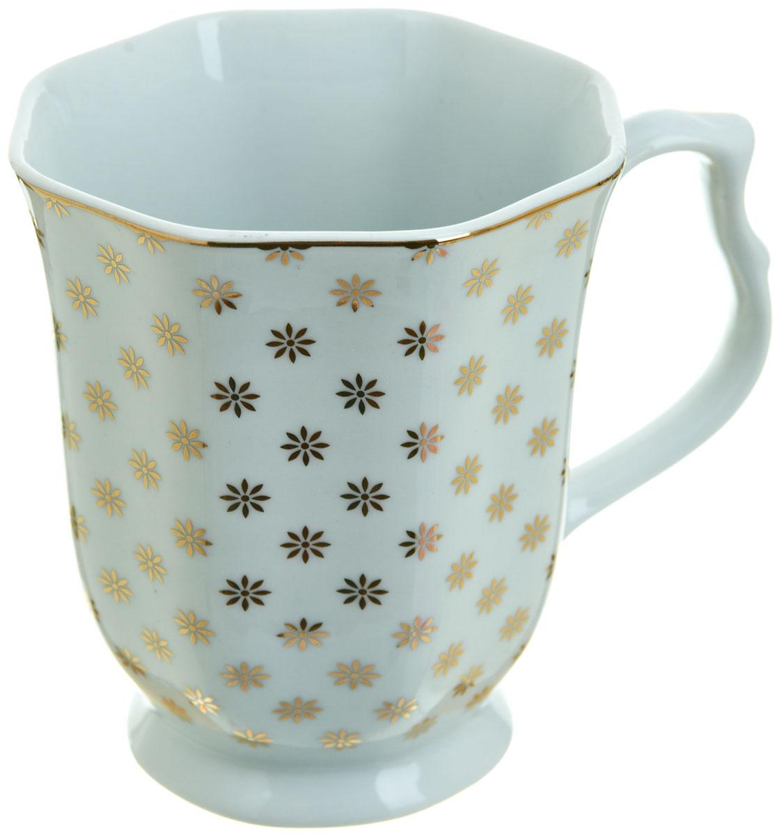 Кружка BHP Золотой каприз, 350 мл391602Оригинальная кружка Best Home Porcelain, выполненная из высококачественного фарфора, сочетает в себе простой, утонченный дизайн с максимальной функциональностью. Оригинальность оформления придется по вкусу тем, кто ценит индивидуальность.Можно использовать в посудомоечной машине.