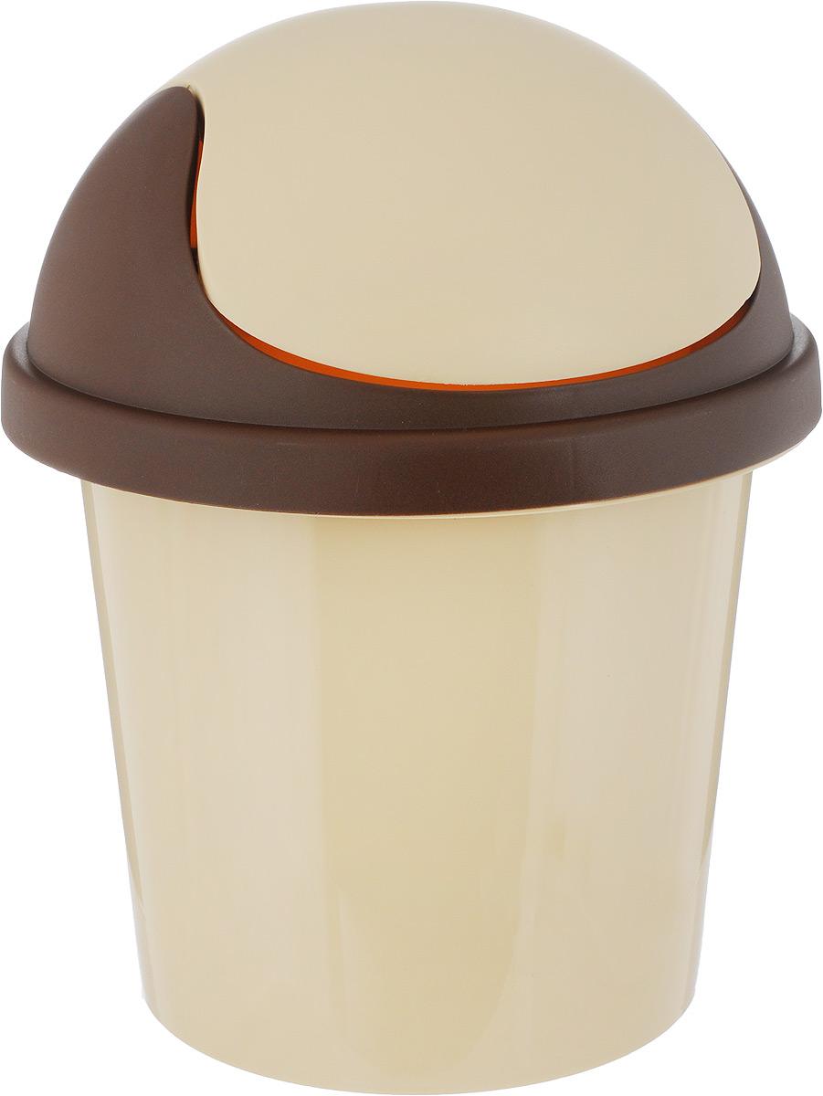 Контейнер для мусора Plastic Centre, цвет: бежевый, коричневый, 7 лRC-100BPCМусорный контейнер Plastic Centre поможет поддержать порядок и чистоту накухне, в туалетной комнате или в офисе. Контейнер выполнен из полипропилена.Изделие оснащено крышкой-качалкой, которая удобна в использовании. Скрытые борта в корпусе изделия для аккуратного использования одноразовых пакетов и сохранения эстетики изделия. Съемная верхняя частьконтейнера обеспечивает удобство извлечения накопившегося мусора. Эстетика изделия превращает необходимый предмет кухни или туалетной комнатыв стильное дополнение к интерьеру. Его легкость и прочность оптимально решаютпроблему сбора мусора. Размер: 26,7 х 26,7 х 33,3 см.
