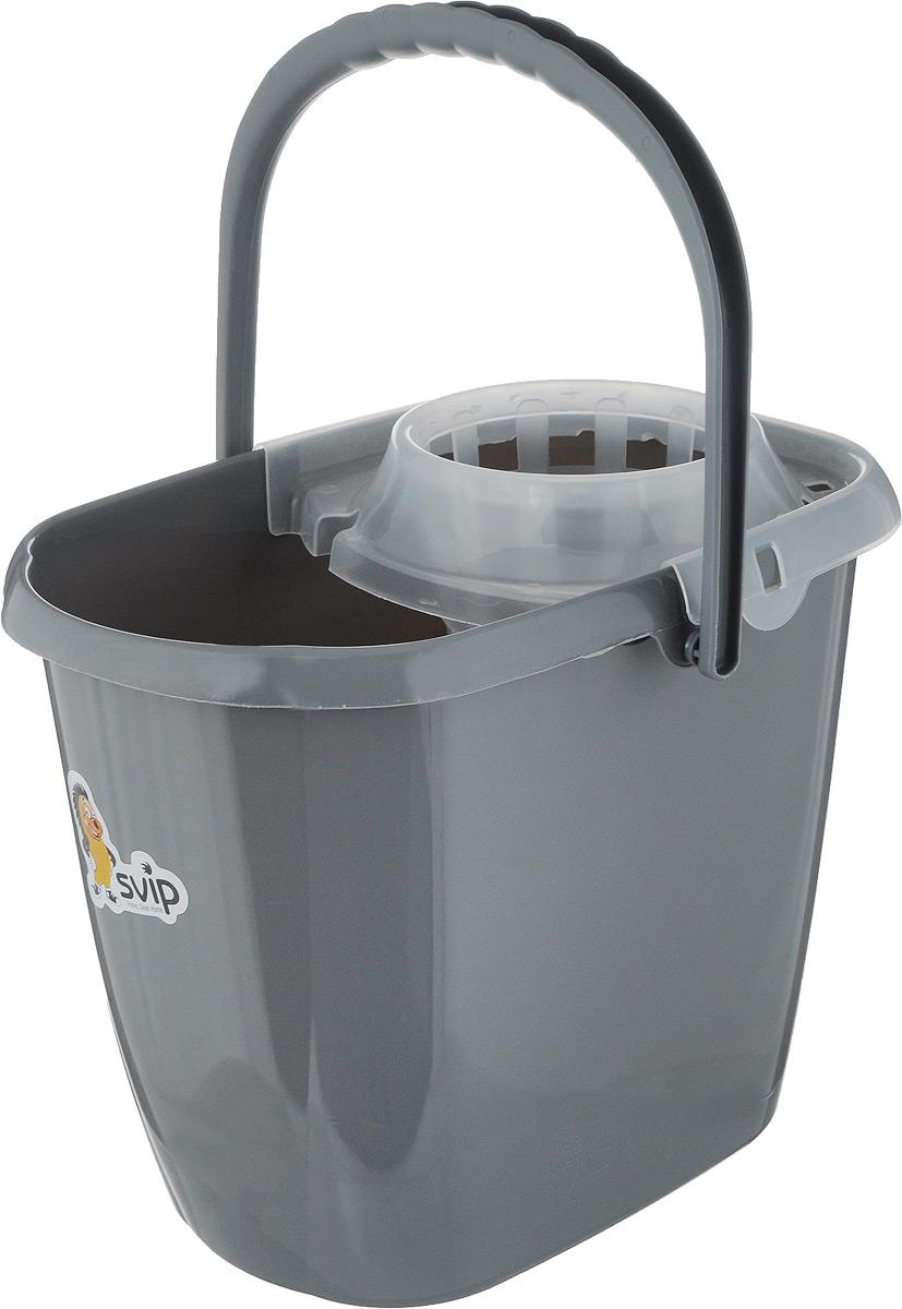Ведро для уборки Svip МОП, с отжимом, цвет: серебристый, 13 л391602Ведро для уборки Svip МОП изготовлено из высококачественного пластика. Предназначено длявлажной уборки дома, с применением швабры.Ведро снабжено специальной глубокой сеткой, которая обеспечивает интенсивный отжимленточных швабр. Это значительно уменьшает физические нагрузки при мытье полов.Насадка надежно крепится на ведро и также легко снимается, позволяя хранить ее отдельно.Для удобного использования ведро имеет пластиковую ручку и носик для выливания воды. Объем: 13 л,Размер ведра (по верхнему краю): 34,5 х 22,5 см, Высота стенки: 28 см.