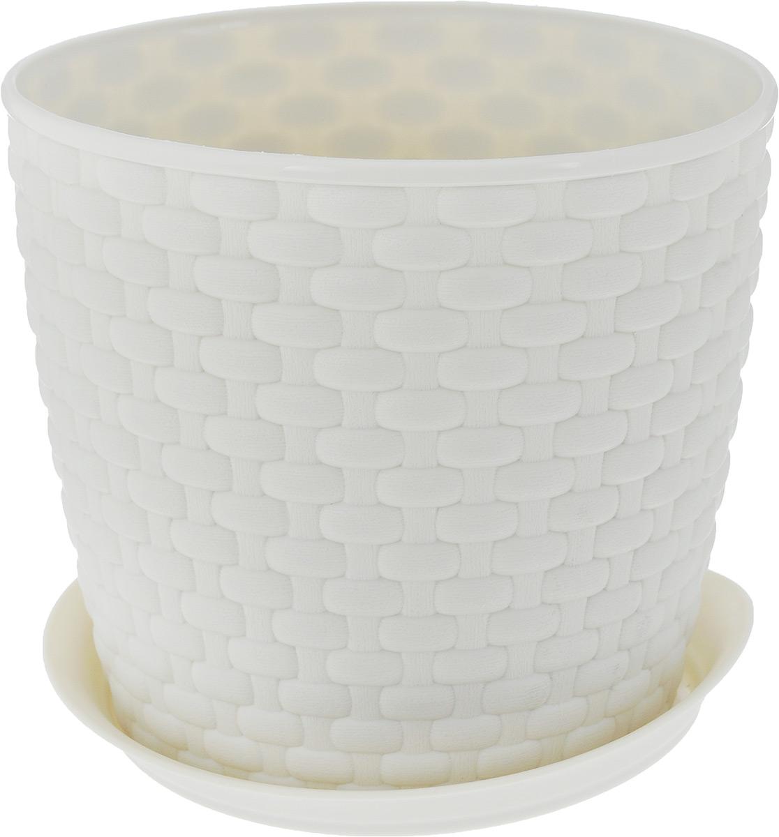 Кашпо Idea Ротанг, с поддоном, цвет: экрю, 2 л531-401Кашпо Idea Ротанг изготовлено из высококачественного пластика. Специальный поддон предназначен для стока воды. Изделие прекрасно подходит для выращивания растений и цветов в домашних условиях. Лаконичный дизайн впишется в интерьер любого помещения. Диаметр поддона: 15,5 см. Объем кашпо: 2 л.Диаметр кашпо по верхнему краю: 15,5 см.Высота кашпо: 13,5 см.