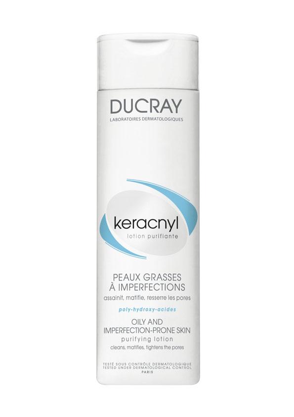 Ducray Очищающий лосьон Keracnyl 200 млFS-00897Сочетание очищающей основы и увлажняющих компонентов обеспечивает бережное очищение. Комбинация Воды гамамелиса и Альфа-бисаболола очищает и обеспечивает контроль блеска, матирует, сужает поры,успокаивает кожу.