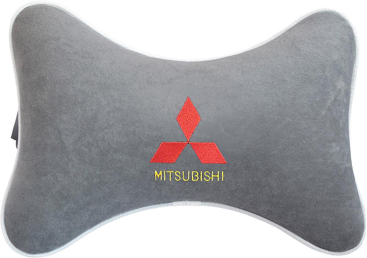 Подушка на подголовник Auto Premium Mitsubishi, цвет: серый. 3744637058Подушка на подголовник, выполненная из велюра - это прежде всего лучший способ создать комфорт для шеи и головы во время пребывания в автомобильном кресле. Подушка крепится к сиденью. Меньше утомляемость - а следовательно выше внимание и концентрация на дороге.Одинакова удобна для пассажира и водителя.