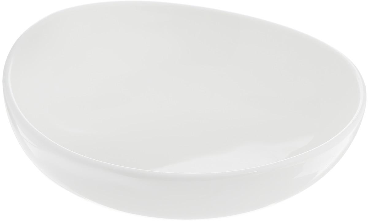 Салатник Ariane Коуп, 440 мл54 009312Салатник Ariane Коуп, изготовленный из высококачественного фарфора с глазурованным покрытием, прекрасно подойдет для подачи различных блюд: закусок, салатов или фруктов. Такой салатник украсит ваш праздничный или обеденный стол.Можно мыть в посудомоечной машине и использовать в микроволновой печи.Диаметр салатника (по верхнему краю): 16 см.Диаметр основания: 5,5 см.