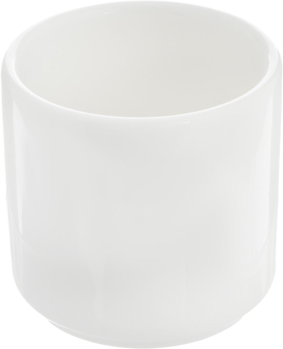 Подставка для зубочисток Ariane Прайм, 4,5 х 4,5 х 5 см115610Подставка для зубочисток Ariane Прайм выполнена из высококачественного фарфора с глазурованным покрытием. Эксклюзивный дизайн, эстетичность и функциональность подставки сделают ее незаменимым аксессуаром на любой кухне. Прекрасно подойдет для сервировки праздничного стола.Изделие можно мыть в посудомоечной машине.Диаметр подставки: 4,5 см. Высота подставки: 5 см.