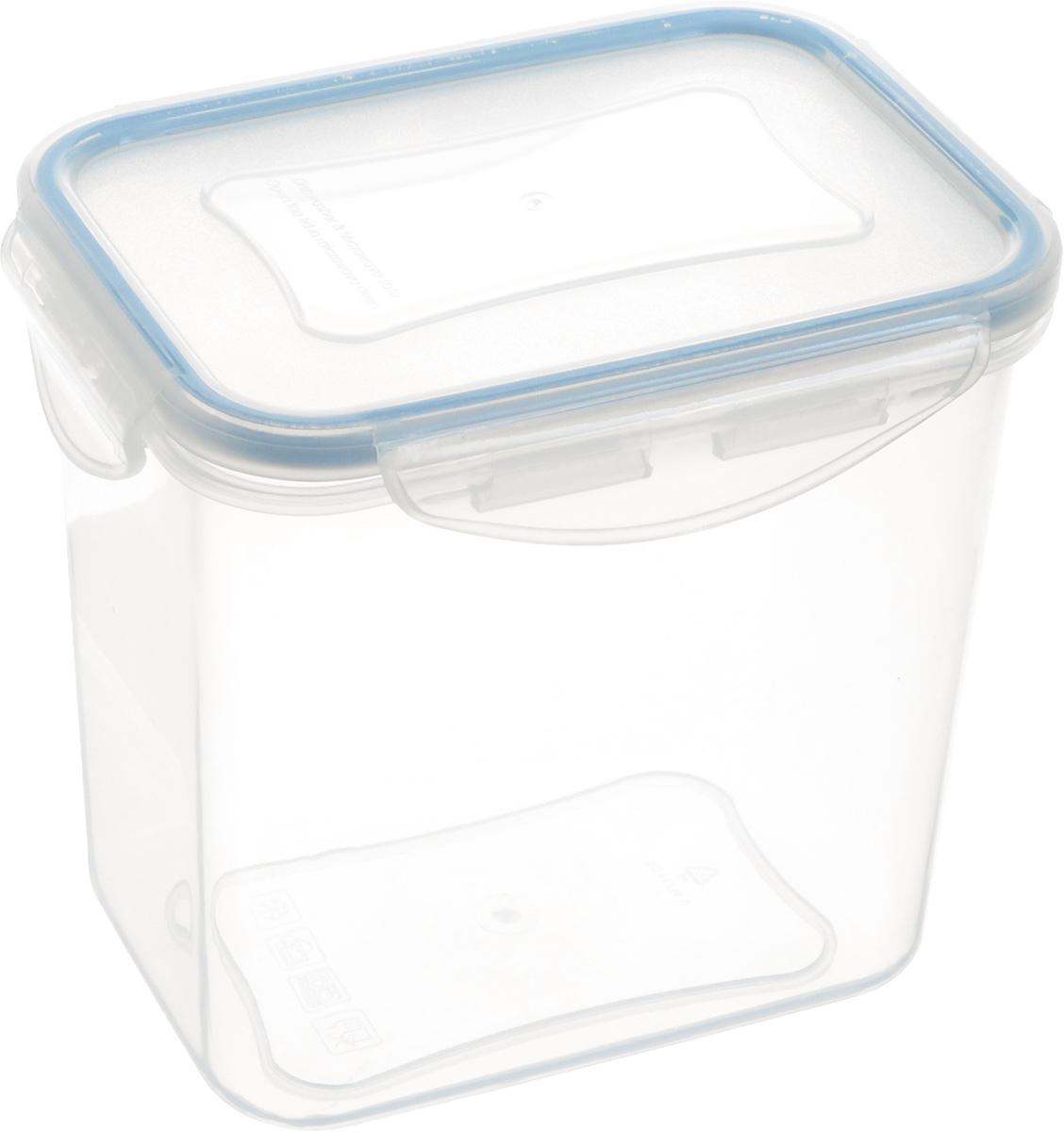 Контейнер Tescoma Freshbox, прямоугольный, 0,9л892074Контейнер Tescoma Freshbox изготовлен из высококачественного пластика. Изделие идеально подходит не только для хранения, но и для транспортировки пищи. Контейнер имеет крышку, которая плотно закрывается на 4 защелки и оснащена специальной силиконовой прослойкой, предотвращающей проникновение влаги и запахов. Изделие подходит для домашнего использования, для пикников, поездок, отдыха на природе, его можно взять с собой на работу или учебу. Можно использовать в СВЧ-печах, холодильниках и морозильных камерах. Можно мыть в посудомоечной машине.Размер контейнера (без учета крышки): 12,5 х 9 см. Высота контейнера (без учета крышки): 12 см.