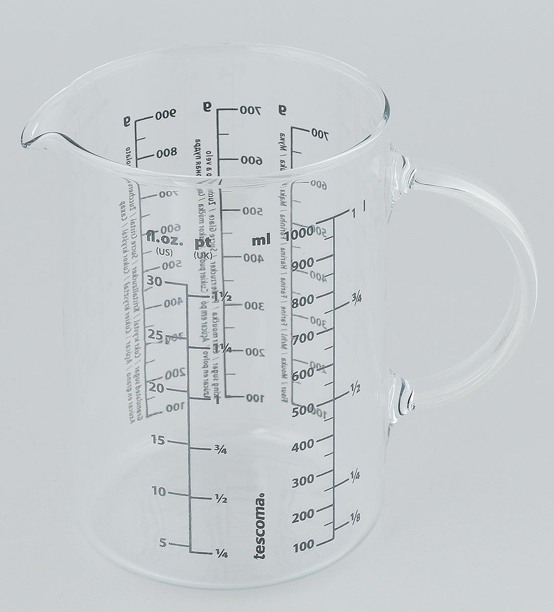 Стакан мерный Tescoma Delicia, 1 лFA-5125-1 BlueМерный прозрачный стакан Tescoma Delicia выполнен из высококачественного стекла. Стакан оснащен удобной ручкой и носиком, которые делают изделие еще более простым в использовании. Он позволяет мерить жидкости до 1000 мл, муки и сахарной пудры до 700 г, сахара до 900 г, и возможность измерения в унциях. Такой стаканчик пригодится на каждой кухне, ведь зачастую приготовление некоторых блюд требует известной точности.Объем: 1000 мл.Диаметр (по верхнему краю): 10 см.Высота: 15 см.