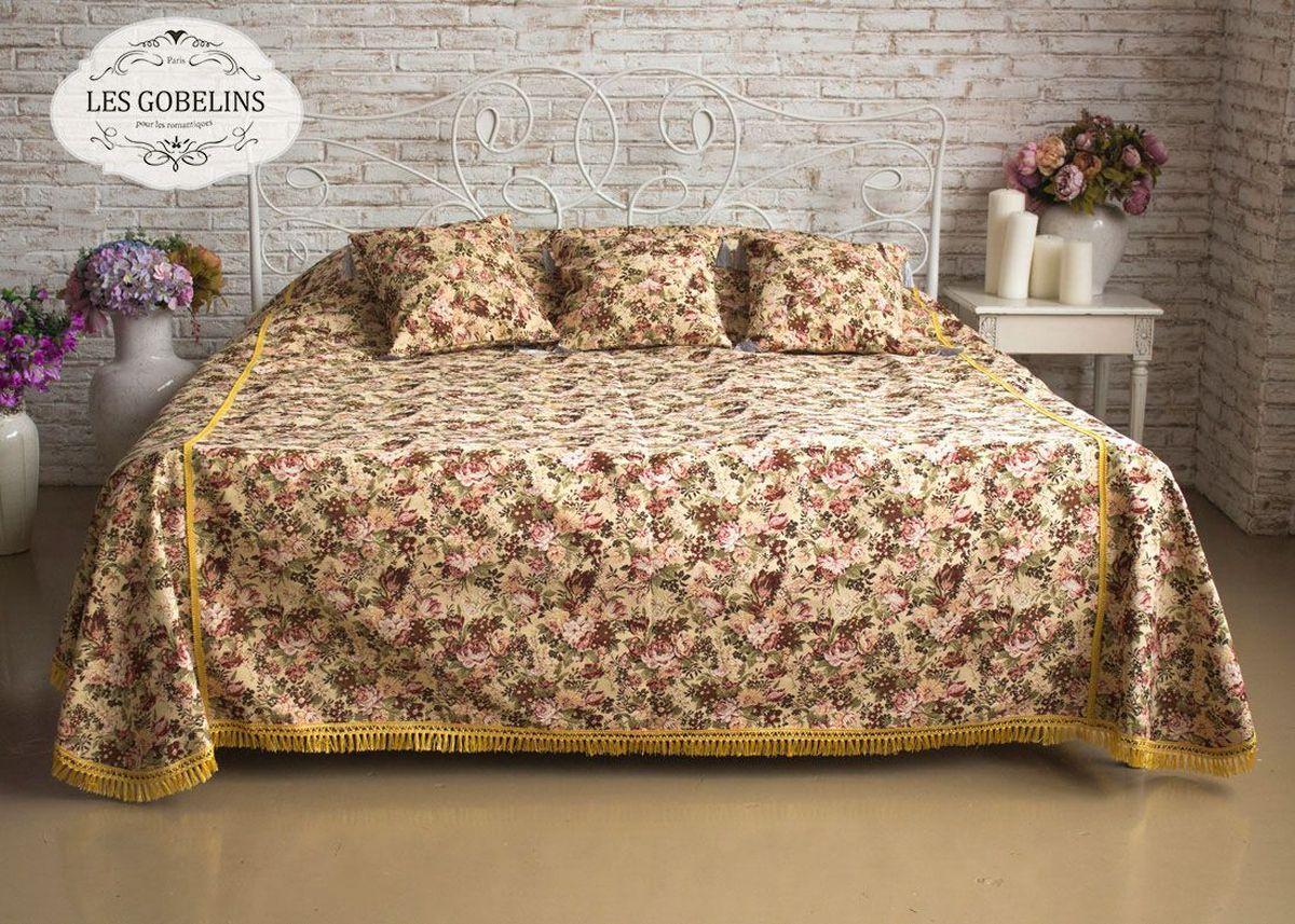 Покрывало на кровать Les Gobelins Bouquet Francais, 240 х 220 см81330Покрывало на кровать Les Gobelins Bouquet Francais с ярким цветочным рисунком привлечет к себе внимание и органично впишется в интерьер комнаты. Изделие изготовлено из высококачественной ткани гобелен и оформлено бахромой и кисточками. Необычайная красота сочетается в этом покрывале с высокой прочностью и долговечностью, а свойство гобелена по-разному проявлять себя в зависимости от освещения помещения позволяет открывать все новые и новые детали, которые, как казалось, раньше скрывал гобелен.Красочное и приятное на ощупь покрывало сделает интерьер спальни, детской или гостиной уютнее и своеобразнее. Состав материала: 50% хлопок, 50% полиэстер.