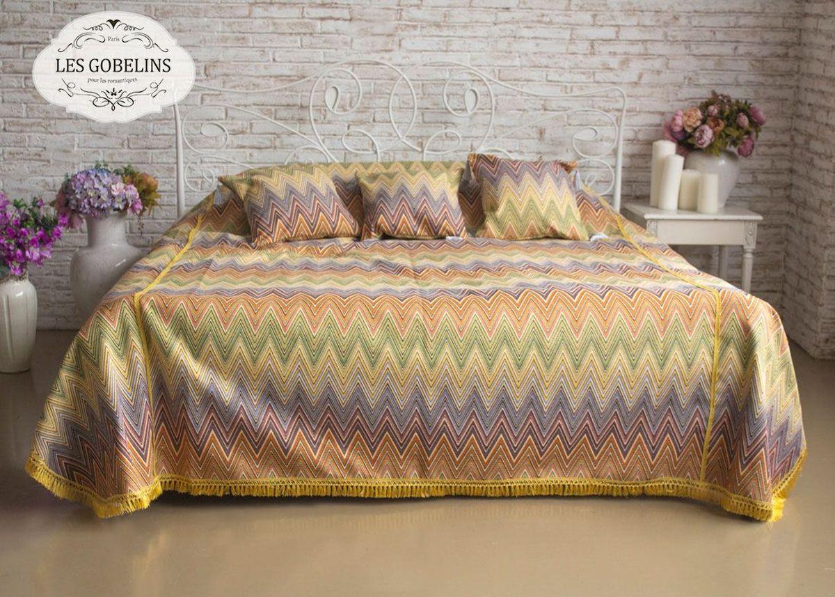 Покрывало на кровать Les Gobelins Cordillere, 240 х 220 смlns184107Покрывало на кровать Les Gobelins Cordillere с ярким геометрическим рисунком привлечет к себе внимание и органично впишется в интерьер комнаты. Изделие изготовлено из высококачественной ткани гобелен и оформлено бахромой и кисточками. Необычайная красота сочетается в этом покрывале с высокой прочностью и долговечностью, а свойство гобелена по-разному проявлять себя в зависимости от освещения помещения позволяет открывать все новые и новые детали, которые, как казалось, раньше скрывал гобелен.Красочное и приятное на ощупь покрывало сделает интерьер спальни, детской или гостиной уютнее и своеобразнее. Состав материала: 52% хлопок, 48% полиэстер.