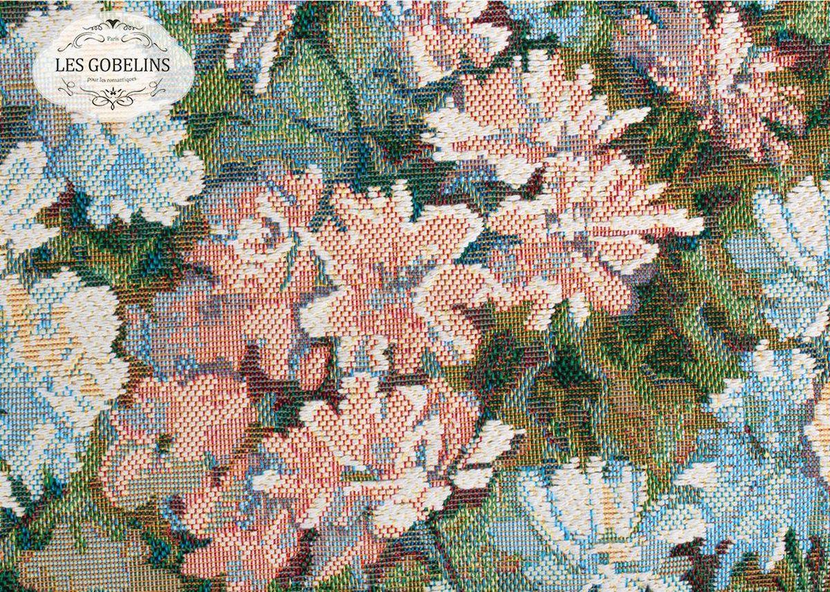 Покрывало на диван Les Gobelins Nectar De La Fleur, 160 х 200 смSVC-300Покрывало на диван Les Gobelins Nectar De La Fleur с ярким цветочным рисунком привлечет к себе внимание и органично впишется в интерьер комнаты. Изделие изготовлено из высококачественной ткани гобелен и оформлено бахромой и кисточками. Необычайная красота сочетается в этом покрывале с высокой прочностью и долговечностью, а свойство гобелена по-разному проявлять себя в зависимости от освещения помещения позволяет открывать все новые и новые детали, которые, как казалось, раньше скрывал гобелен.Красочное и приятное на ощупь покрывало сделает интерьер спальни, детской или гостиной уютнее и своеобразнее. Состав материала: 50% хлопок, 50% полиэстер.
