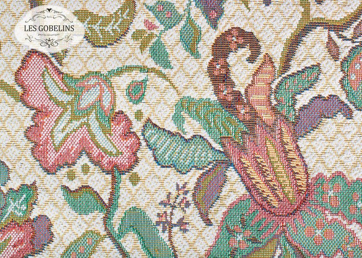 Покрывало на диван Les Gobelins Loche, 160 х 200 смES-412Покрывало на диван Les Gobelins Loche с ярким орнаментом привлечет к себе внимание и органично впишется в интерьер комнаты. Изделие изготовлено из высококачественной ткани гобелен и оформлено бахромой и кисточками. Необычайная красота сочетается в этом покрывале с высокой прочностью и долговечностью, а свойство гобелена по-разному проявлять себя в зависимости от освещения помещения позволяет открывать все новые и новые детали, которые, как казалось, раньше скрывал гобелен.Красочное и приятное на ощупь покрывало сделает интерьер спальни, детской или гостиной уютнее и своеобразнее. Состав материала: 52% хлопок, 48% полиэстер.