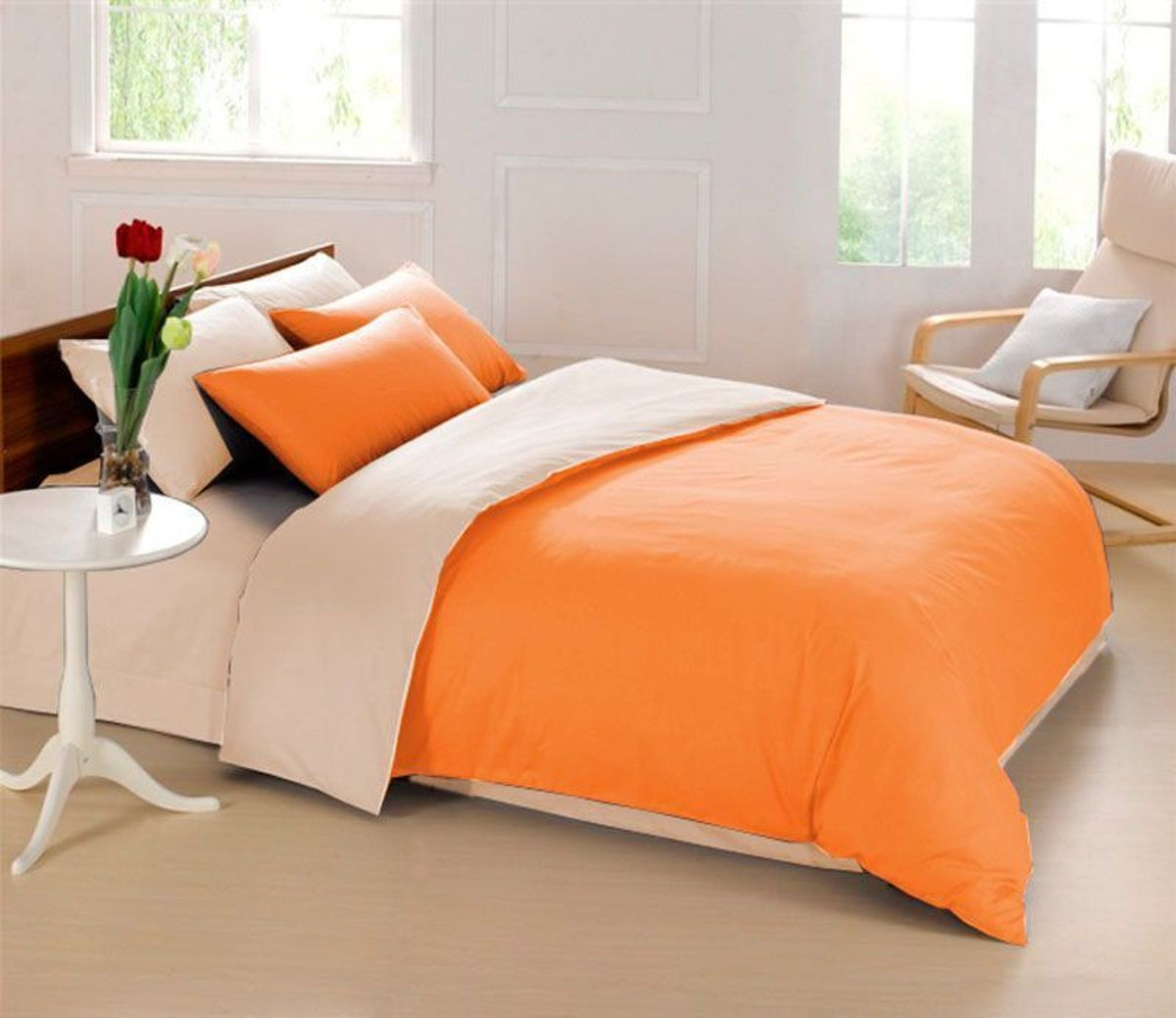 Комплект белья Sleep iX Perfection, семейный, наволочки 50х70, 70х70,цвет: оранжевый, бежевый391602Комплект постельного белья Sleep iX Perfection состоит из двух пододеяльников, простыни и четырех наволочек. Предметы комплекта выполнены из абсолютно гипоаллергенной микрофибры, неприхотливой в уходе.Благодаря такому комплекту постельного белья вы сможете создать атмосферу уюта и комфорта в вашей спальне.Известно, что цвет напрямую воздействует на психологическое и физическое состояние человека. Оранжевый – вызывает ощущение теплоты, бодрости, веселья, создает хорошее настроение. Оранжевый омолаживает, возбуждает аппетит, способствует оптимистическому настрою и гармонии с окружающей средой.Бежевый – обладает внутренней теплотой, заряжает положительной энергетикой и способствует формированию душевной гармонии. Человек ощущает себя в окружении бежевого цвета очень спокойно.