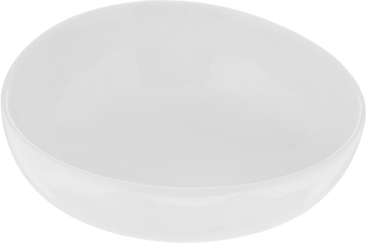 Салатник Ariane Коуп, 320 мл115610Салатник Ariane Коуп, изготовленный из высококачественного фарфора с глазурованным покрытием, прекрасно подойдет для подачи различных блюд: закусок, салатов или фруктов. Такой салатник украсит ваш праздничный или обеденный стол.Можно мыть в посудомоечной машине и использовать в микроволновой печи.Диаметр салатника (по верхнему краю): 13,5 см.Высота стенки: 4,5 см.Объем салатника: 320 мл.