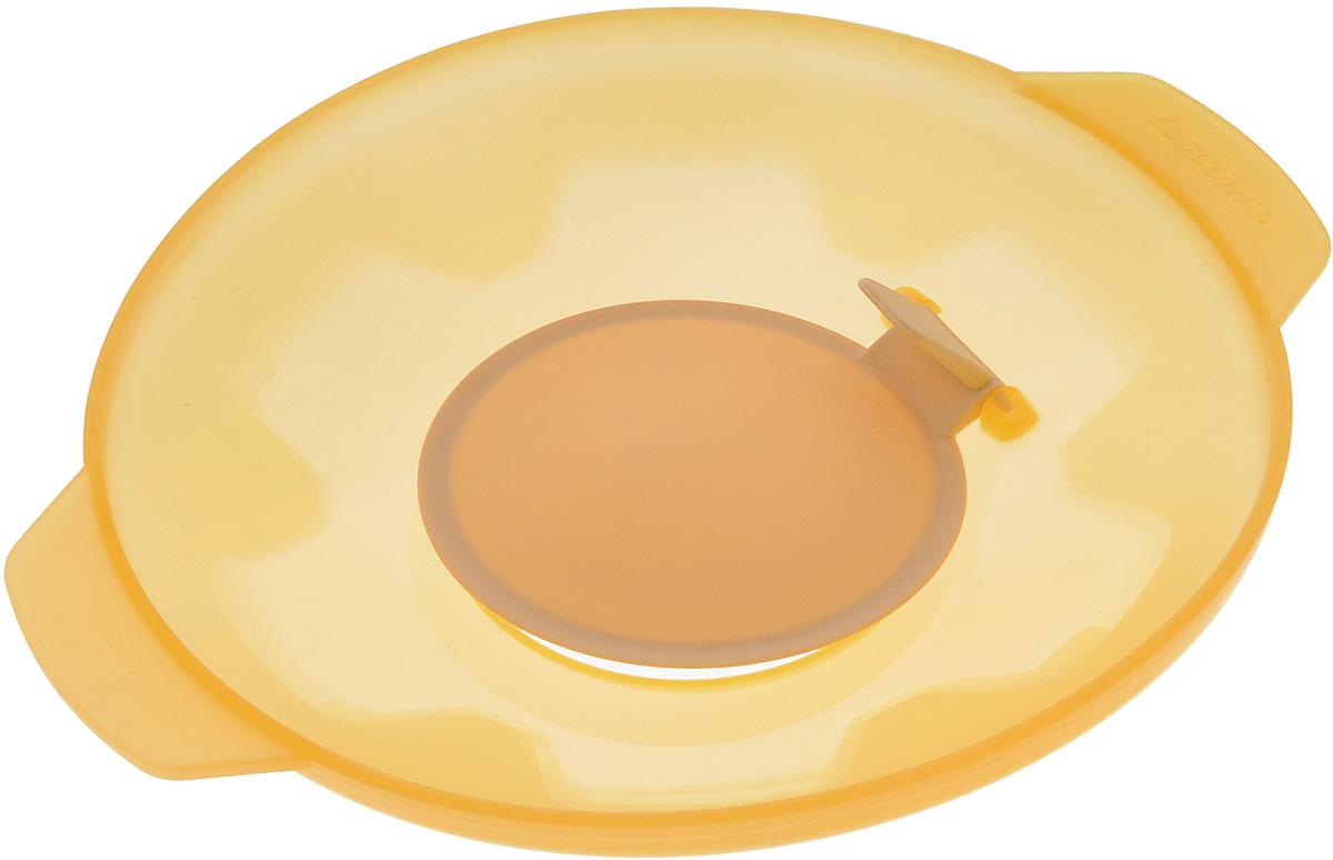 Крышка универсальная Tescoma Fusion, силиконовая, цвет: желтый, диаметр 27 см68/5/4Универсальная крышка Tescoma Fusion выполнена из первоклассного жаропрочного силикона, который выдерживает температуру от -40 до +230°С. Изделие предназначено для воздухонепроницаемого закрывания всей стандартной посуды с плоскими краями с диаметром меньшим, чем диаметр самой крышки. Крышка подходит для использования во всех видах духовок, микроволновой печи.Можно мыть в посудомоечной машине.Крышка подходит для кастрюль диаметром 16-24 см.Размер крышки (с учетом ручек): 32 х 27 см.