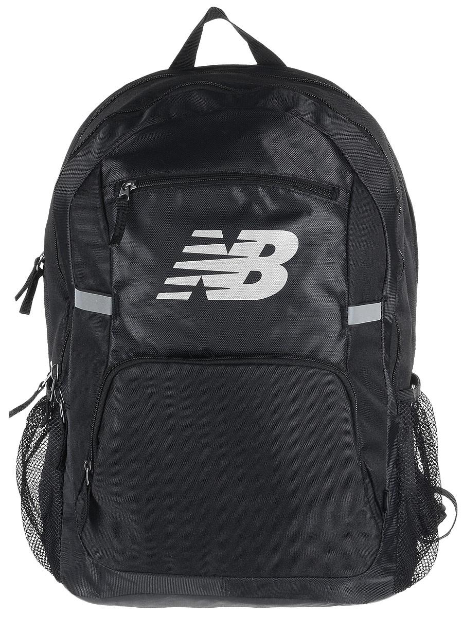 Рюкзак New Balance Accelerator Backpack, цвет: черный. 500100/BKS76245Стильный городской рюкзак New Balance Accelerator Backpack, выполненный из полиэстера и нейлона, оформлен фирменной символикой.Изделие имеет три отделения, которые закрываются на застежки-молнии. Одно отделение предназначено для ноутбука. Внутри среднего отделения находятся три накладных кармана, один из которых на застежке-молнии. Внутри третьего расположены шесть эластичных фиксаторов и накладной сетчатый карман. Снаружи, на передней стенке расположены два накладных кармана на застежках-молниях. Боковые стороны дополнены сетчатыми карманами для бутылок с водой.Рюкзак оснащен широкими регулируемыми лямками и ручкой для переноски в руке. Уплотненная спинка с сетчатыми вставками обеспечивает комфорт и естественную вентиляцию при переноске рюкзака. Светоотражающие элементы увеличивают вашу безопасность в темное время суток.