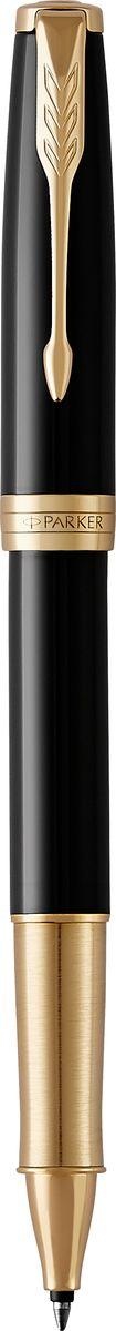 Parker Ручка-роллер Sonnet Lacque Black GT72523WDКоллекция Parker Sonnet отличается тонкой гармонией, с которой в ней соединяются традиция и оригинальность. Ее уникальность таится в умеренном стиле и классических формах. Это - идеальное сочетание уверенного знания и взвешенной мысли, необходимое во все времена.Зона захвата ручки выполнена из отполированной нержавеющей стали, покрытой золотом.
