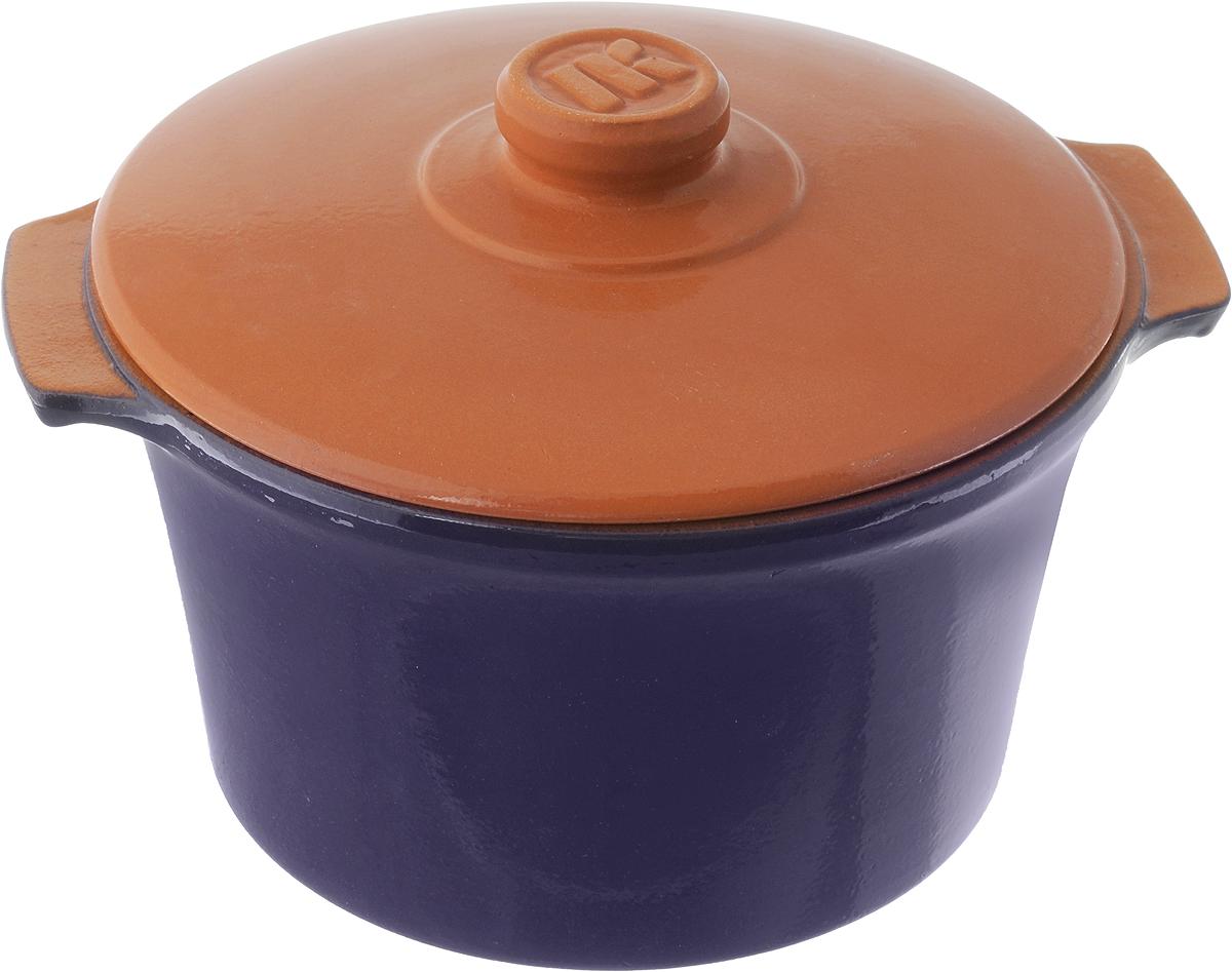 Кастрюля керамическая Ломоносовская керамика Огонек с крышкой, цвет: синий, 2 лMC24/бкКастрюля Ломоносовская керамика Огонек выполнена из высококачественной термостойкой керамики. Покрытие абсолютно безопасно для здоровья, не содержит вредных веществ. Кастрюля оснащена удобными боковыми ручками и керамической крышкой. Она плотно прилегает к краям посуды, сохраняя аромат блюд.Подходит кастрюля для использования на всех типах плит. Для использования на индукционных плитах требуется специальный диск. Благодаря термостойкости материала, кастрюлю можно использовать в духовке и СВЧ. Разрешено мыть в посудомоечной машине. Диаметр: 20 см.Высота стенки: 11,5 см.Диаметр дна: 15 см. Ширина кастрюли (с учетом ручек): 22,5 см.Диаметр крышки: 20 см.