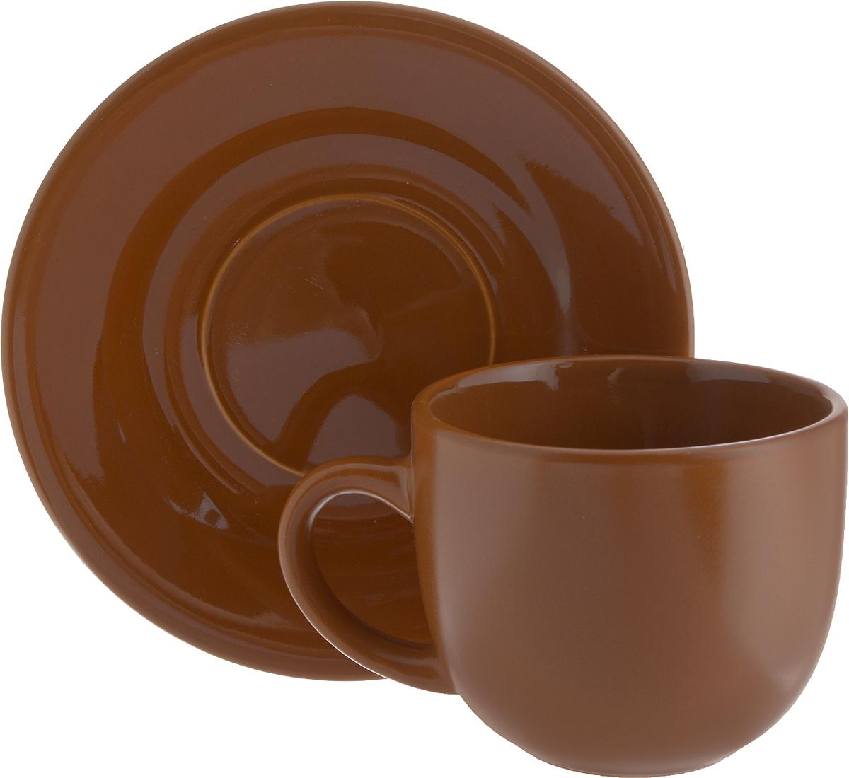 Чайная пара Ломоносовская керамика, 2 предмета. 1ЧП-220ТТ1333003_БутонЧайная пара Ломоносовская керамика состоит из чашки и блюдца. Изделия, выполненные из высококачественной глины с глазурованным покрытием, имеют элегантный дизайн. Такая чайная пара прекрасно подойдет как для повседневного использования, так и для праздников. Чайная пара Ломоносовская керамика - это полезный подарок для родных и близких, это также великолепное дизайнерское решение для вашей кухни или столовой. Объем чашки: 200 мл. Диаметр чашки (по верхнему краю): 8,5 см. Высота чашки: 7 см.Диаметр блюдца: 14,5 см.Высота блюдца: 1,7 см.