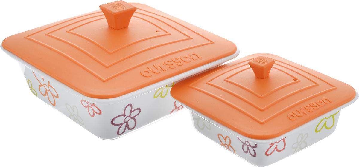 Набор мисок Oursson Bon Appetit, с силиконовыми крышками, цвет: белый, оранжевый, 2 шт. BW2505SC54 009312Набор Oursson Bon Appetit состоит из двух мисок разного размера, выполненных из керамики и оформленных цветочным рисунком. Керамика, из которой изготовлены емкости, выдерживает температуру до 250°С, поэтому подать блюда на стол можно сразу после приготовления в микроволновой печи или духовом шкафу. Миски снабжены силиконовыми крышками.Миски являются универсальным приобретением для любой кухни. С их помощью можно готовить блюда, хранить продукты и даже сервировать стол. Оригинальный дизайн, высокое качество и функциональность набора Oursson Bon Appetit позволят ему стать достойным дополнением к вашему кухонному инвентарю. Можно мыть в посудомоечной машине.Характеристика емкости №1: Объем: 1,9 л.Размер формы (без учета крышки): 23,5 х 23,5 см. Высота стенки формы: 7,7 см.Размер крышки: 23,8 х 23,8 см.Характеристика емкости №2: Объем: 0,66 л. Размер формы (без учета крышки): 17,8 х 17,8 см.Высота стенки формы: 5,7 см. Размер крышки: 17,5 х 17,5 см.