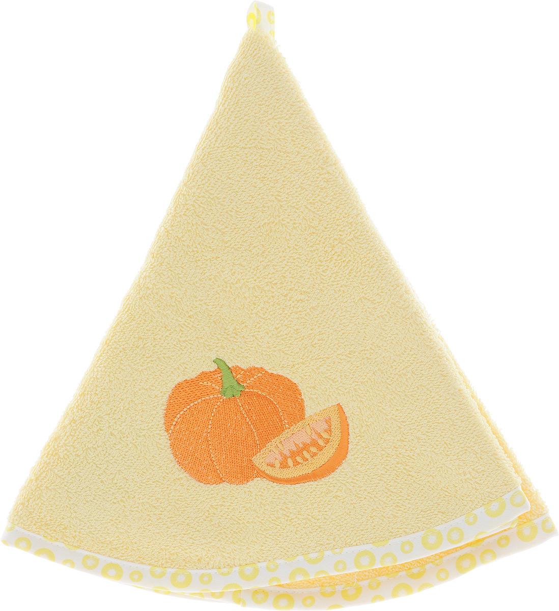 Полотенце кухонное Karna Zelina. Тыква, цвет: светло-желтый, диаметр 50 смVT-1520(SR)Круглое кухонное полотенце Karna Zelina. Тыква изготовлено из 100% хлопка, поэтому являетсяэкологически чистым. Качество материала гарантирует безопасность не только взрослым, но и самым маленьким членам семьи. Изделие мягкое и пушистое, оснащено удобной петелькой и украшено оригинальной вышивкой. Кухонное полотенце Karna сделает интерьер вашей кухни стильным и гармоничным.Диаметр полотенца: 50 см.