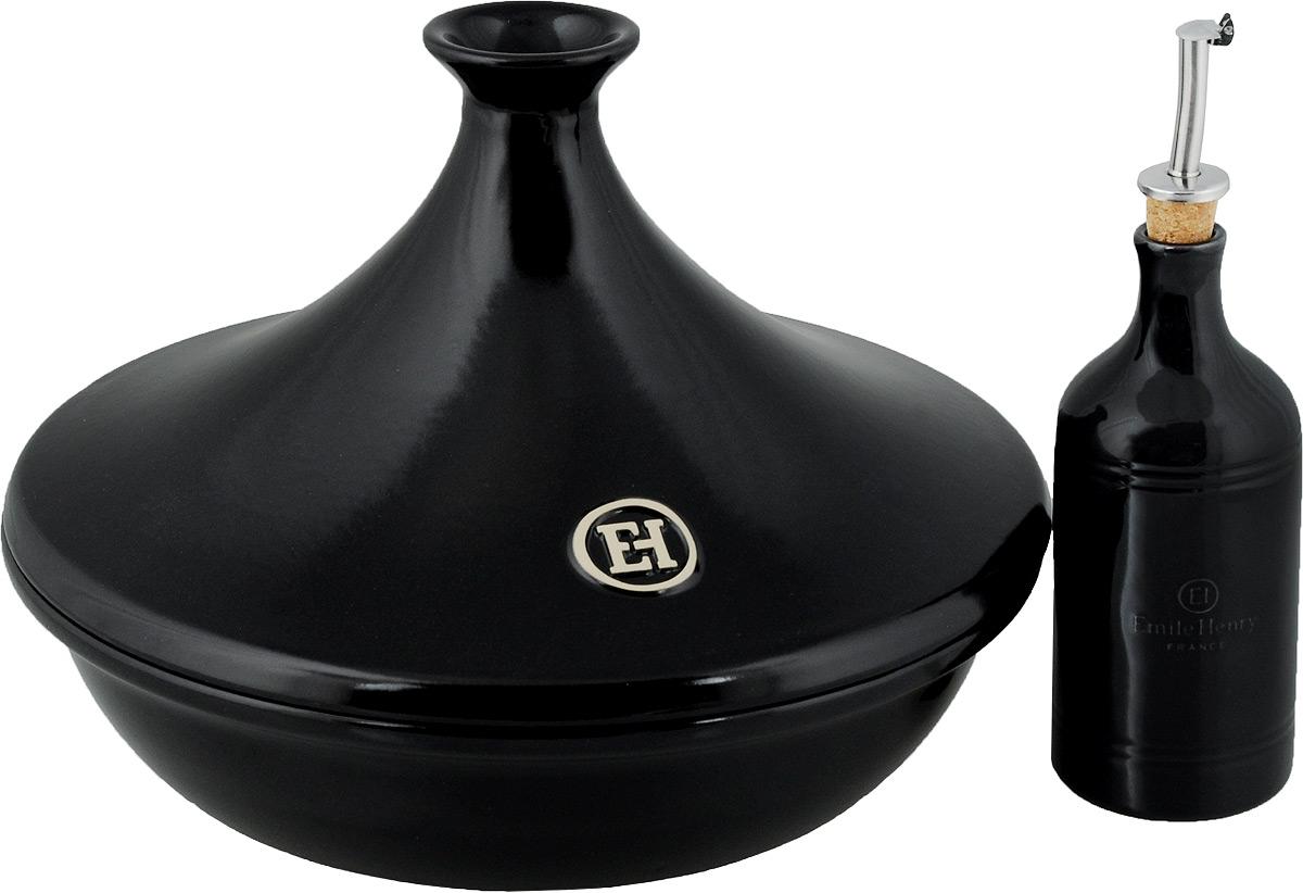Набор для приготовления пищи Emile Henry: тажин, бутылка для масла и уксуса, цвет: черный115510Набор для приготовления пищи Emile Henry изготовлен из высококачественной керамики. Набор включает в себя тажин и бутылку для масла или уксуса. Тажин Emile Henry изготовлен из высококачественной жаропрочной керамики - полностью натурального материала (без примеси металлов), идеально подходящего для медленного и равномерного приготовления пищи. Керамика гарантирует правильный здоровый подход к кулинарии: любые блюда получаются ароматными и сохраняют все полезные вещества, не подвергаясь перепадам температур в процессе приготовления. Благодаря медленному распределению тепла, вкусы и запахи продуктов концентрируются и становятся более насыщенными. Керамическая посуда обладает свойством долго сохранять тепло после того, как блюдо было снято с огня, и легко удерживать холод после того, как блюдо достали из холодильника. Благодаря конусообразной форме крышки, пар, поднимающийся от готовящегося блюда, многократно конденсируется в верхней ее части и спускается вниз, поэтому мясо, рыба и овощи становятся очень нежными и приобретают особый вкус.Диаметр (по верхнему краю): 30 см.Высота тажина: 7,3 см. Высота (с учетом крышки): 23 см.Бутылка для масла или уксуса Emile Henry выполнена из керамики. Она легка в использовании, стоит только перевернуть емкость, и вы с легкостью сможете добавить оливковое/подсолнечное масло или уксус по своему вкусу в любое блюдо. Крышка с носиком снабжена клапаном (антикапля), не допускающим пролива. Стенки бутылки светонепроницаемые, поэтому ее можно хранить в открытом шкафу, не волнуясь, что ваше лучшее оливковое масло потеряет вкус и аромат.Высота бутылки: 17,5 см.Диаметр горлышка: 2 см.Диаметр дна: 7 см.