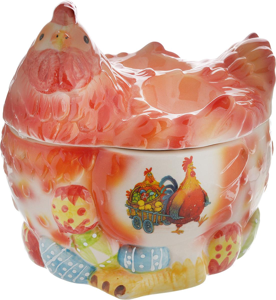 Ваза Win Max Курочка, для пасхальных яиц и угощений, 16 х 17 х 14 смVT-1520(SR)Ваза Win Max изготовлена из высококачественной керамики с глазурованным покрытием и оформлена рельефным рисунком. Изделие дополнено крышкой, которая выполнена в виде фигурки курочки. На крышке расположены две подставки для яиц. Оригинальный дизайн украсит интерьер вашей кухни, а функциональность порадует любую хозяйку. Размеры емкости (без учета крышки): 16 х 13х 9 смВысота крышки: 9 см