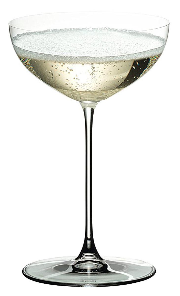 Фужер Riedel Cupe / Cocktail, 240 мл44411B//Фужер Riedel Cupe / Cocktaili выполнен из прочного стекла и предназначен для подачи коктейлей. Он сочетает в себе элегантный дизайн и функциональность. Благодаря такому фужеру пить напитки будет еще вкуснее.Фужер Riedel Cupe / Cocktail прекрасно оформит праздничный стол и создаст приятную атмосферу за романтическим ужином. Диаметр фужера (по верхнему краю): 10,5 см. Высота фужера: 16,5 см.
