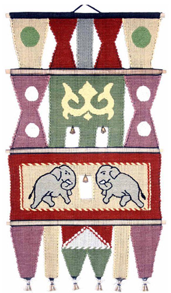 Коврик декоративный India Cotton, 45 х 75 см. 409ALFS-91909Коврик декоративный ручной работы.Произведен в деревнях Индии, с вековыми традициями в изготовлении хлопковых изделий.Служит идеальным украшением Вашего интерьера, отличный подарок по любому случаю. Этнический оберег, колокольчиками отгоняющий зло и привлекающий блага.Изделия ручной работы могут немного отличаться от товара, представленного на фото, например, цветовыми нюансами, отделкой.Внимание: коврик не подлежит стирке!