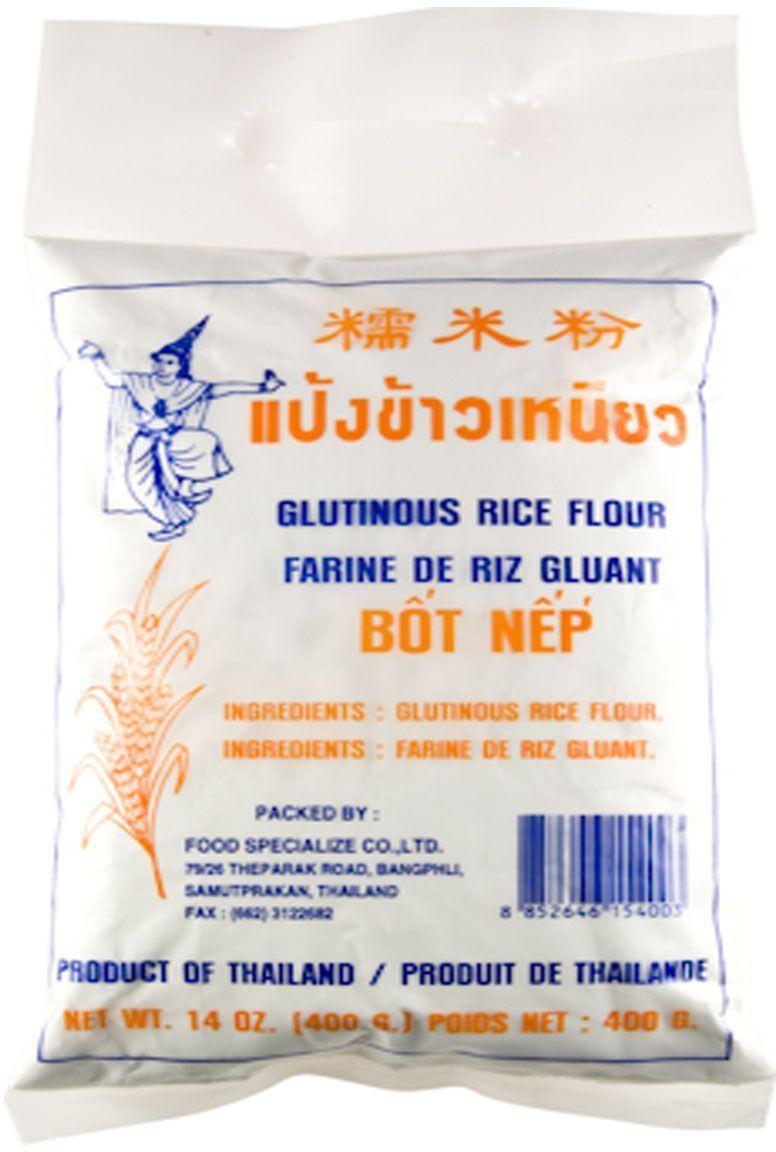 Thai Dancer Мука из клейкого риса, 400 г0120710Мука из клейкого риса производится путем размалывания семян клейкого риса и применяется в дальневосточной и юго-восточноазиатской кухне для приготовления выпечки, десертов, а также в качестве загустителя. Более плотная структура получающегося теста по сравнению с обычной рисовой мукой обеспечивает популярность данного продукта в качестве основы для пельменей и выпечки.
