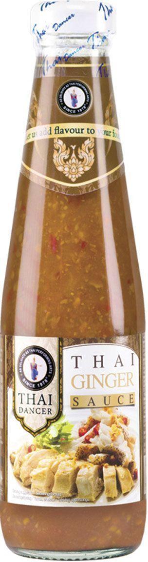 Thai Dancer Имбирный соус, 300 мл0120710Соус сиратча (срирача или в переводе с санскрита королевский) имеет практически неограниченное применение. Он используется для блюд китайской, тайской, вьетнамской кухни. Идеально подходит для обмакивания блюд из мяса, рыбы и морепродуктов, заправки жареной лапши, вьетнамского супа фо. Сиратча также популярен в США и Европе, где применяется в качестве соуса для пиццы и пасты, заправки сэндвичей и для добавления к омлетам, добавляется к коктейлям, например, Bloody Mary, используется в качестве одной из добавок к сырам в сырных тарелках, подается с картофелем-фри и т.д. Сиратча также хорошо сочетается с ломтиками спелого манго.