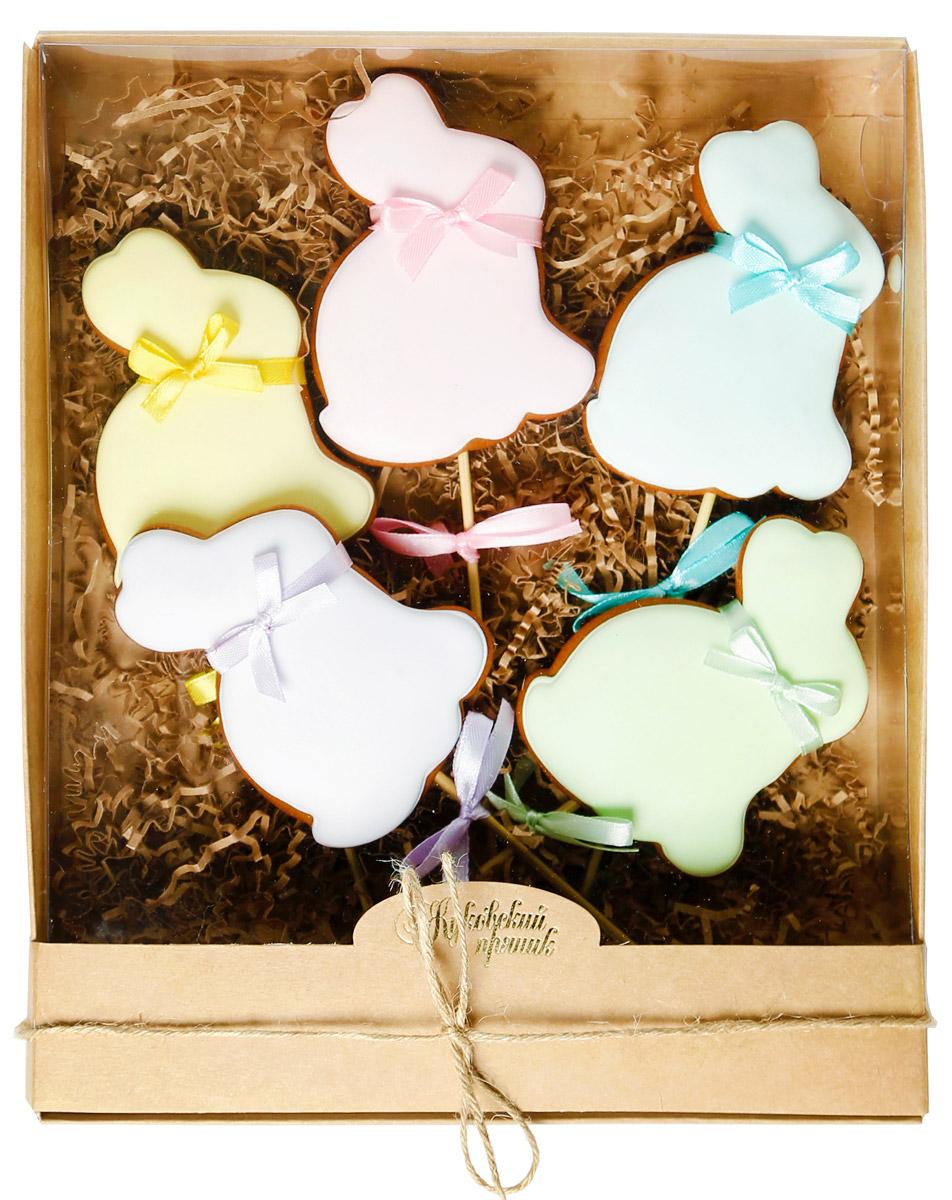 Жуковский пряник Подарочный набор Пасхальный кролик, 5 шт 200 г0120710Медово-имбирные пряники с росписью из айсинга. Чудесный набор пряного, медово-имбирного печенья, с романтичным, красивейшим декором , созданный специально для вас и ваших любимых! Набор таких пряничков непременно порадует ваших близких и станет отличным подарком к любому празднику! Уважаемые клиенты! Обращаем ваше внимание, что полный перечень состава продукта представлен на дополнительном изображении.