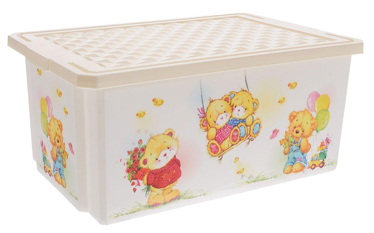 Little Angel Детский ящик для хранения игрушек X-BOX Bears 57 л цвет слоновая кость531-402Лучшее решение для поддержания порядка в детской - это большой ящик на колесах. Все игрушки собраны в одном месте, ящик плотно закрывается крышкой, его всегда можно с легкостью переместить. Яркие декоры с любимыми героями наполнят детскую комнату радостью и помогут приучить малыша к порядку. Ящик декорирован с помощью технологии IML, которая придает ему не только привлекательный дизайн, но и дополнительную прочность и износоустойчивость. Декор ящика можно мыть без опасения испортить рисунок. Детский ящик для хранения игрушек имеет надежную крышку с привлекательной текстурой.