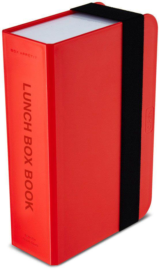 Ланч-бокс Black+Blum Box Book, цвет: красный, 6,8 х 22,5 х 15VT-1520(SR)Оригинальный ланч-бокс в виде книги. Вместительный контейнер позволяет брать с собой не только еду, но и небольшую бутылку любимого напитка. Во внутренней части предусмотрен съемный пластиковый разделитель, который необходим для разграничения порций или видов пищи. Скругленная форма углов придает дизайну дополнительную изюминку - такой необычный ланч-бокс станет хорошим подарком для всех ценителей здорового образа жизни.Изделие дополнено эластичным держателем, плотно фиксирующим крышку и лоток. Модель изготовлена из полипропилена, в составе отсутствуют вредные BPА. Крышка бокса откидывается, ее можно использовать в качестве тарелки или подставки для еды.