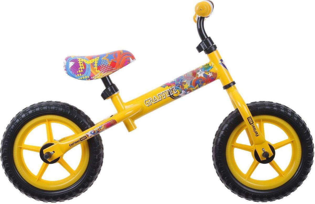 """Если вы хотите порадовать ребенка необычным подарком и научить его основам езды на велосипеде, то беговел Graffiti """"Furious 2017"""" - то, что вам нужно. Он научит малыша держать равновесие и поможет развить координацию движений.Беговел сочетает в себе функции самоката и велосипеда. Отталкиваясь ногами от земли, ребенок будет самостоятельно контролировать скорость и торможение. Яркий дизайн понравится начинающему спортсмену, а надежная конструкция из стали прослужит долгие годы. Руль и сиденье можно регулировать по высоте."""