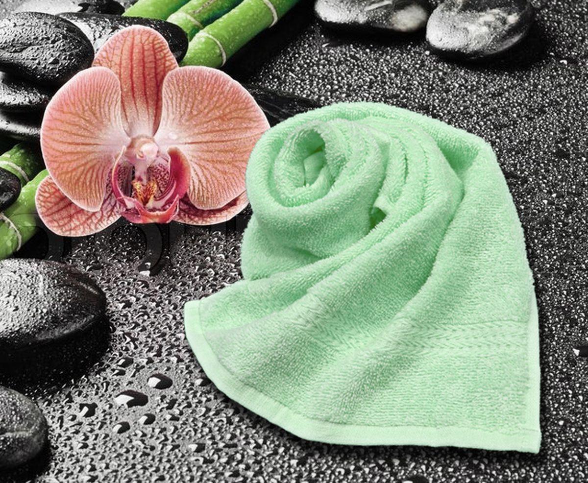 Полотенце Amore Mio GX Classic, цвет: ментоловый, 33 х 70 см68/5/4Amore Mio GX Classic - это махровое полотенце отличного качества, оно выполнено из 100% хлопка. Яркие цвета выполнены качественным красителем BASF из Германии. Полотенце сохранит насыщенность цвета на долгое время. Мягкость и пушистость этого полотенца вас приятно удивит.