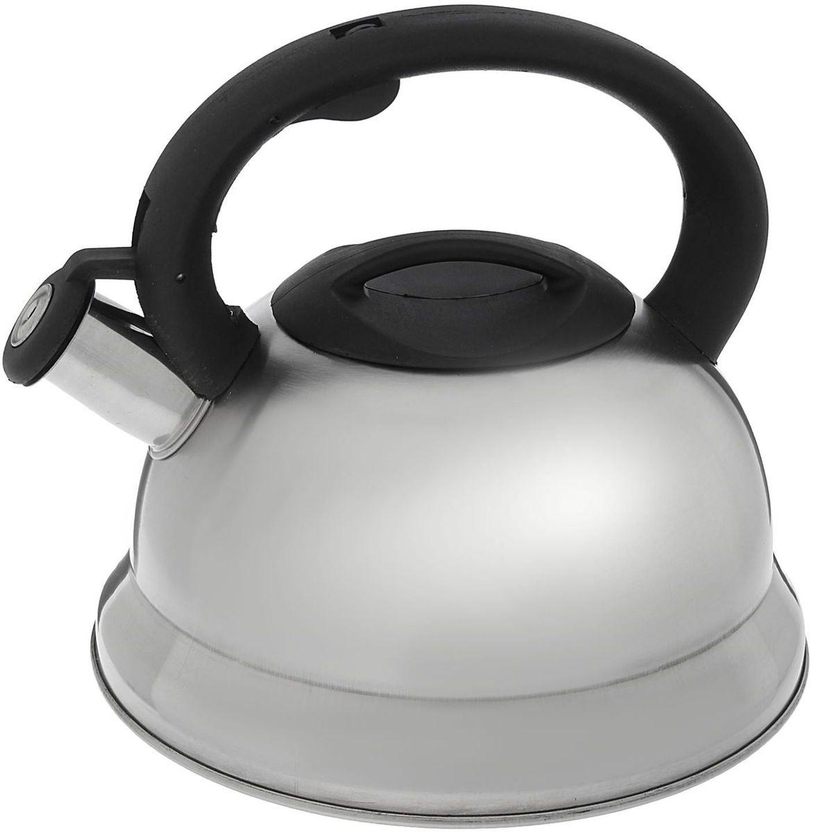 Чайник Доляна Рио, со свистком, 2,8 л. 1405203VT-1520(SR)Чайник Доляна Рио выполнен из высококачественной нержавеющей стали с матовой полировкой. Материал изделия отличается неприхотливостью в уходе, безукоризненной функциональностью, гигиеничностью и стойкостью к коррозии. Чайники из нержавеющей стали абсолютно безопасны для здоровья человека. Благодаря низкой теплопроводности и оптимальному соотношению дна и стенок вода дольше остается горячей, а качественное дно гарантирует быстрый нагрев. Чайник при кипячении сохраняет все полезные свойства воды. Чайник снабжен фиксированной пластиковой ручкой. Удобная ручка не нагревается, и поэтому вероятность ожогов сводится к минимуму. Свисток на носике чайника громко оповестит, когда закипела вода. Свисток открывается нажатием кнопки на рукоятке. Подходит для газовых, электрических, стеклокерамических, галогеновых, индукционных плит. Рекомендуется ручная мойка.