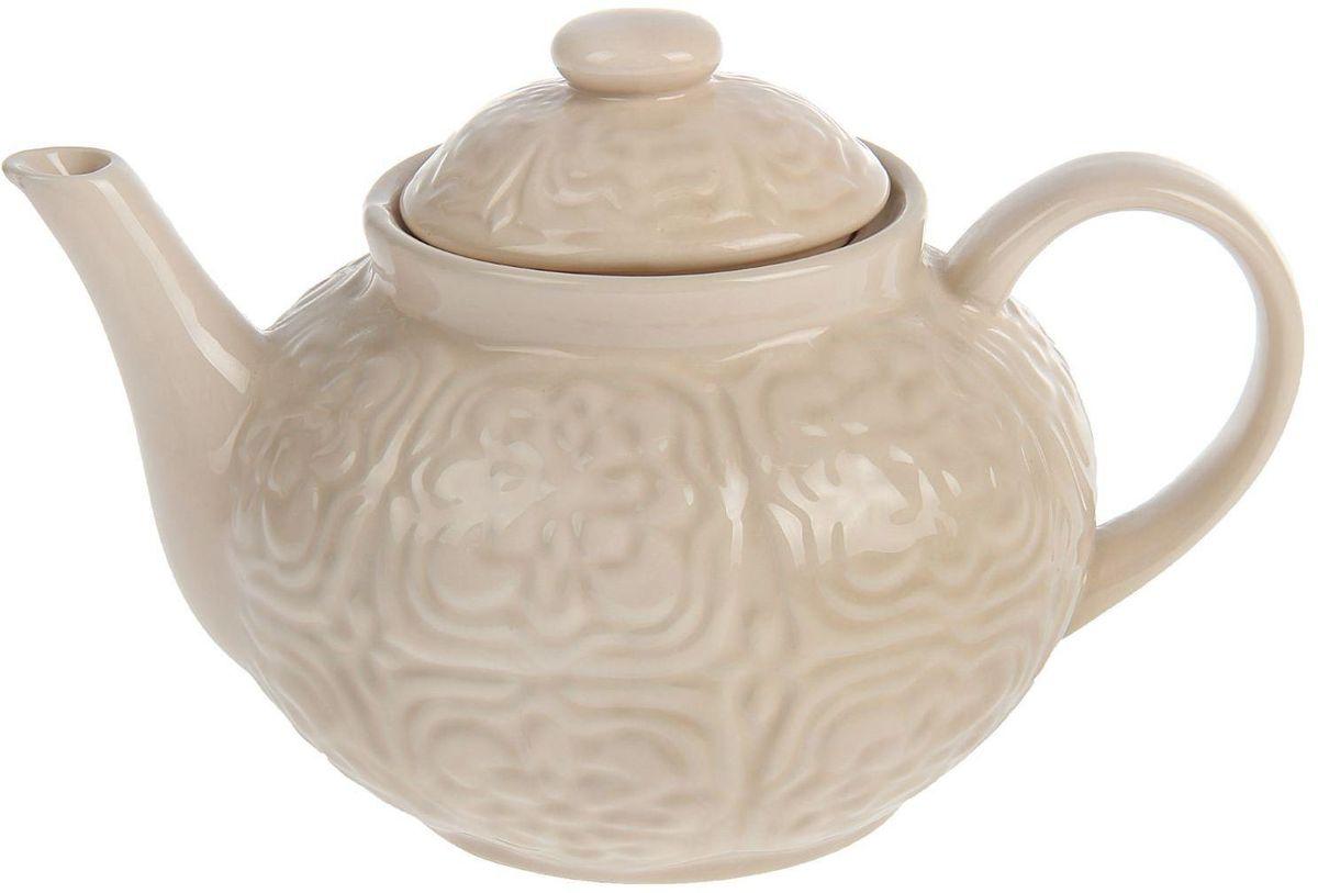 Чайник заварочный Доляна Орнамент, 1,3 л1631941Чайник заварочный Доляна выполнен из высококачественной керамики с глазурованным покрытием. Посуда отличается прозрачностью и белизной, она неприхотлива и не требует особых условий хранения. Материал изделия долгое время сохраняет тепло, нейтрален к пищевым продуктам, легко моется. Чайник имеет традиционную форму, внешние стенки дополнены красивым рельефным орнаментом. Высокие эксплуатационные качества делают изделие удачным выбором для повседневного использования и сервировки праздничного стола.