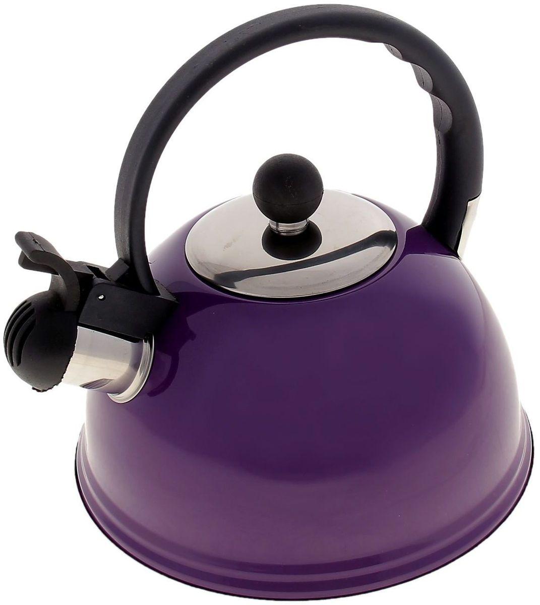 Чайник Доляна Элит, со свистком, цвет: фиолетовый, черный, 2 лVT-1520(SR)Чайник Доляна Элит выполнен из высококачественной нержавеющей стали. Материал изделия отличается неприхотливостью в уходе, безукоризненной функциональностью, гигиеничностью и стойкостью к коррозии. Чайники из нержавеющей стали абсолютно безопасны для здоровья человека. Благодаря низкой теплопроводности и оптимальному соотношению дна и стенок вода дольше остается горячей, а качественное дно гарантирует быстрый нагрев. Чайник при кипячении сохраняет все полезные свойства воды. Чайник снабжен фиксированной пластиковой ручкой. Удобная ручка не нагревается, и поэтому вероятность ожогов сводится к минимуму. Свисток на носике чайника громко оповестит, когда закипела вода. Свисток открывается нажатием кнопки на рукоятке. Подходит для газовых, электрических, стеклокерамических, галогеновых, индукционных плит. Рекомендуется ручная мойка.