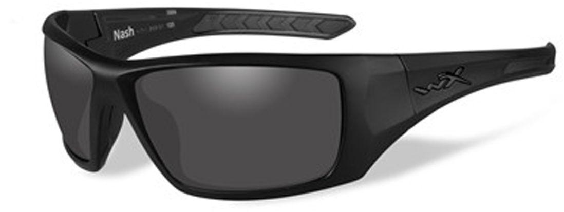 Очки солнцезащитные WileyX Nash Black Ops, для охоты, рыбалки и активного отдыха, цвет: Smoke GreyAIRWHEEL M3-162.8Дымчато-серые линзы данных очков обеспечивают максимальное уменьшение бликов и не искажают цвета. Данная модель отлично подходит для использования в яркие дни с интенсивным освещением. ЗАЩИТА ОТ УДАРОВ НА ВЫСОКОЙ СКОРОСТИОправа и линзы должны выдерживать удар тяжелого снаряда весом 500 гр, падающего с высоты 127 смПРОЧНОЕ ПОКРЫТИЕУстойчивое к царапинам покрытие защищает линзы от механических повреждений и продлевает срок их службы.