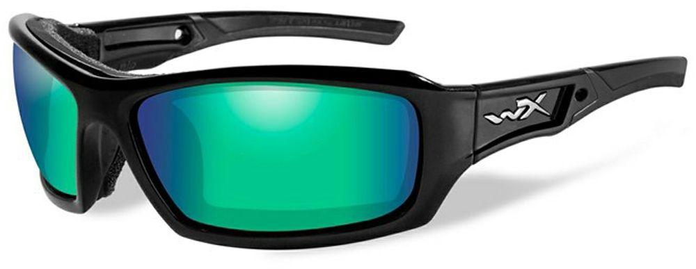 Очки солнцезащитные WileyX Echo Polarized, для охоты, рыбалки и активного отдыха, цвет: Emerald Mirror, AmberCCECH04Спортивные и жесткие солнцезащитные очки WileyX Echo Polarized с глянцевой черной оправой и великолепными поляризованными изумрудно-зеркальными линзами. Тонированные поляризованные линзы, с многослойным зеркальным покрытием, разработаны специально для усиления цветового контраста и обеспечения высокого уровня визуального восприятия. Очки обеспечивают превосходные характеристики четкости цветов и остроты зрения при любых условиях освещения. Поляризационный фильтр 8ТМ - запатентованная WileyX технология поляризации линз обеспечивает 100% поляризацию и 100% защиту от ультрафиолетовых лучей для непревзойденной четкости и контрастности изображения.Защита от ударов на высокой скорости - оправа и линзы должны выдерживать удар тяжелого снаряда весом 500 г, падающего с высоты 127 см.Прочное покрытие - устойчивое к царапинам покрытие защищает линзы от механических повреждений и продлевает срок их службы.Антибликовое покрытие - антибликовое покрытие устраняет нежелательные отражения с поверхностей линз. Водоотталкивающее покрытие - водоотталкивающее покрытие обеспечивает скатывание воды с поверхности линз. Используется только на поляризационных линзах.Накладки FACIAL CAVITY™ - запатентованные защитные накладки защищают от ветра, механических обломков и периферийного освещения.