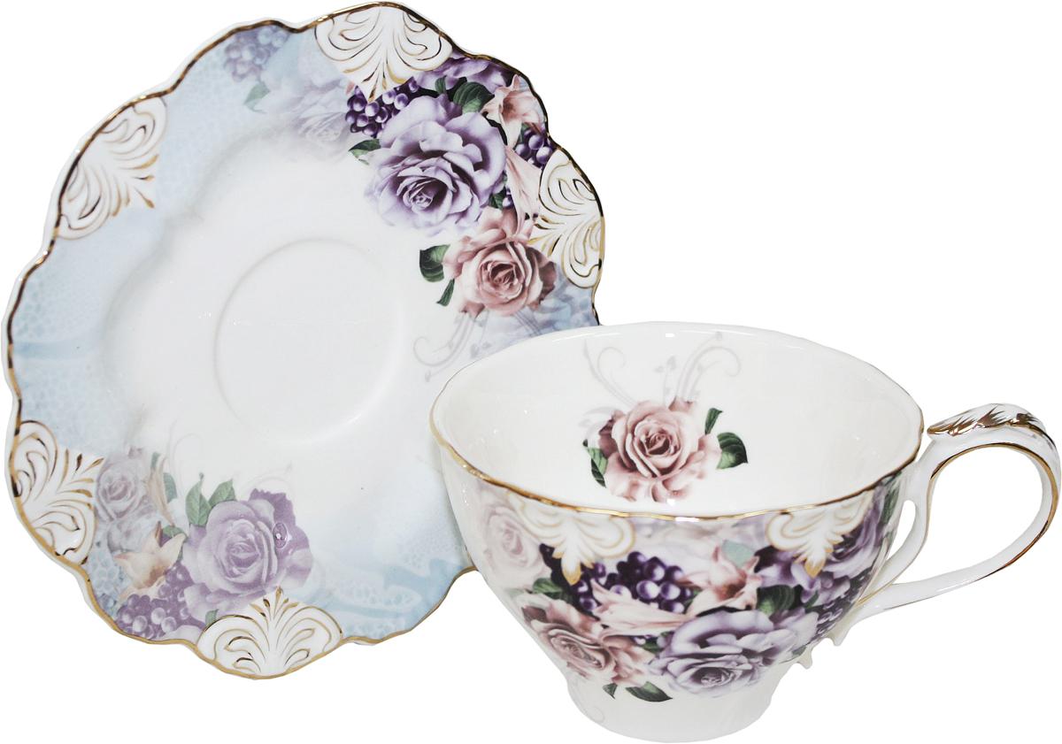 Чайная пара Chaozhou Fengxi Shenshui Лоза, 2 предмета115510Чайная пара Chaozhou Fengxi Shenshui Лоза состоит из чашки и блюдца, выполненныхиз фарфора. Изделия, украшенные ярким изображением цветов, имеют изысканный внешний вид. Чайная пара Chaozhou Fengxi Shenshui Лоза впишется в любой интерьер кухни и станет отличным подарком для ваших родных и близких.