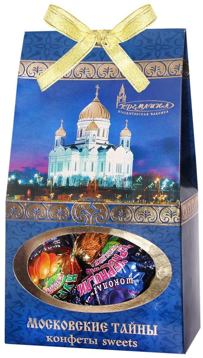 Кремлина Московские тайны ассорти из фруктов в шоколаде, 240 г4607039271232Кто знает, что скрывает такой старый и интересный город как Москва?Попробуйте отгадать загадки старинных мест столицы вместе с конфетами Кремлина Московские тайны. Ассорти из фруктов в шоколаде.