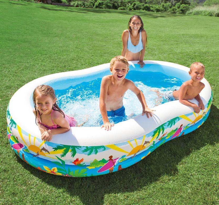 Надувной бассейн Intex Лагуна, 262 х 160 х 46 см, от 3 лет. с56490с56490Надувной бассейн Intex Лагуна с разноцветными внешними стенками и водоотводом в полу. Бассейн сделан из прочного винила, имеет 2 воздушные камеры с двойными клапанами. В нем могут купаться несколько детей и взрослых одновременно. Характеристики:Бассейн из винила, толщина 0.32мм2 воздушные камеры, каждая с комбинированным клапаномВремя сборки: 10 мин Вес: 5кг