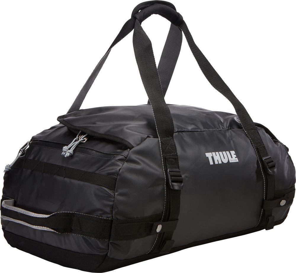 Спортивная сумка-баул Thule Chasm, цвет: черный, 40 л. Размер S221101Спортивная сумка-баул Thule Chasm - эти жесткие, устойчивые к неблагоприятным погодным условиям сумки с широко раскрывающимся основным отделением и съемными ремнями - ваши надежные спутники в любой поездке.Особенности:Увеличенный угол открывания облегчает доступ к содержимому. Возможны два способа переноски: в качестве рюкзака и спортивной сумки (все неиспользуемые ремни можно убрать). Прочная водонепроницаемая брезентовая ткань защищает вещи, а также легко складывается для компактного хранения. Внутренние сетчатые карманы помогают сортировать и хранить вещи. Внешние стягивающие ремни удерживают вещи так, чтобы они не падали на дно сумки, когда сумка становится рюкзаком. Мягкое дно защитит вещи при контакте с землей. Запирающийся боковой карман на молнии позволяет надежно хранить небольшие предметы под рукой (замок продается отдельно). Быстрый доступ к небольшим предметам через внешний потайной карман.